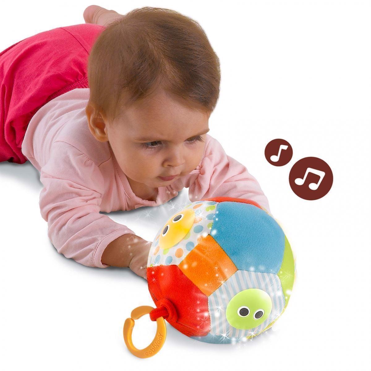 Legebold med musik og lys