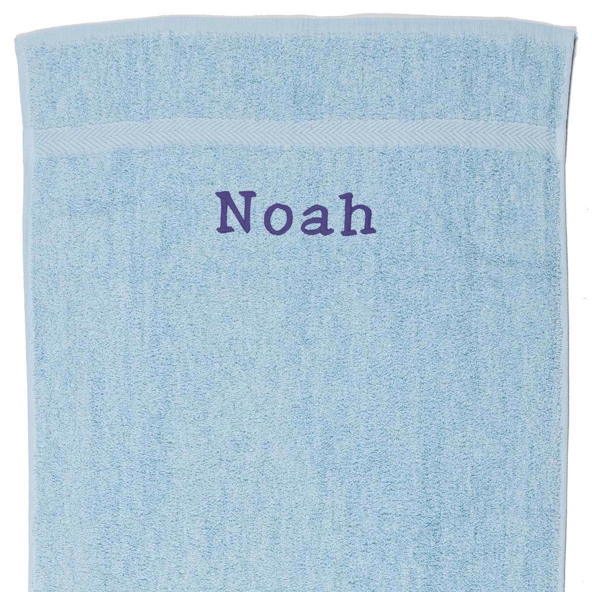 Image of   Håndklæde med navn - lyseblå 100 x 140